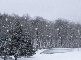 مسلسل تساقط الثلوج